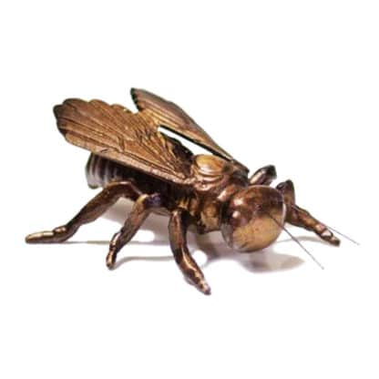 Bronze decorative Bee - view all Souvenirs on Lekkerhoning.nl